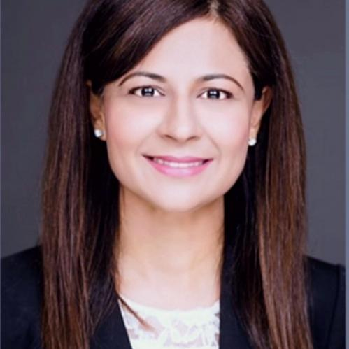Headshot of Nadia Akhtar